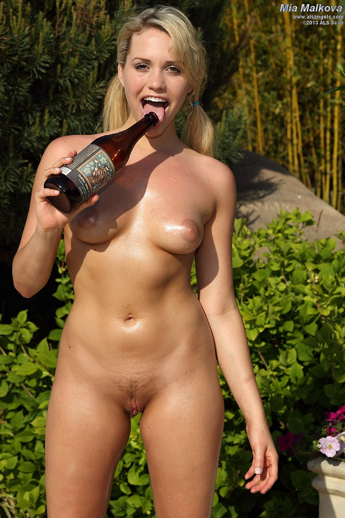 Nude girls bottle penetration think