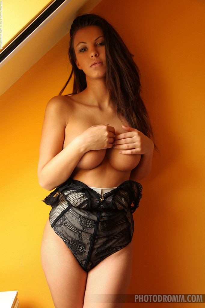 round Brunette tits big with